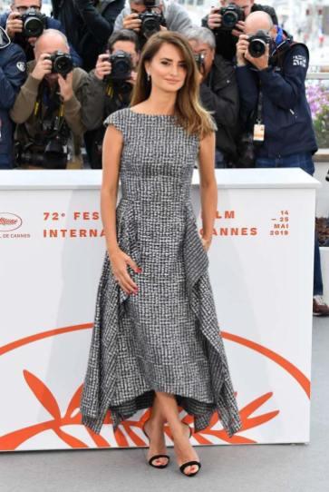 Penélope Cruz in Chanel Haute Couture