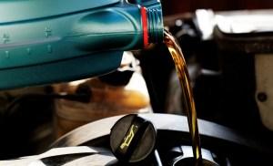 Jak wymienić olej w BMW?