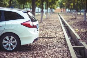 Czy warto kupować samochody poleasingowe od dealerów?
