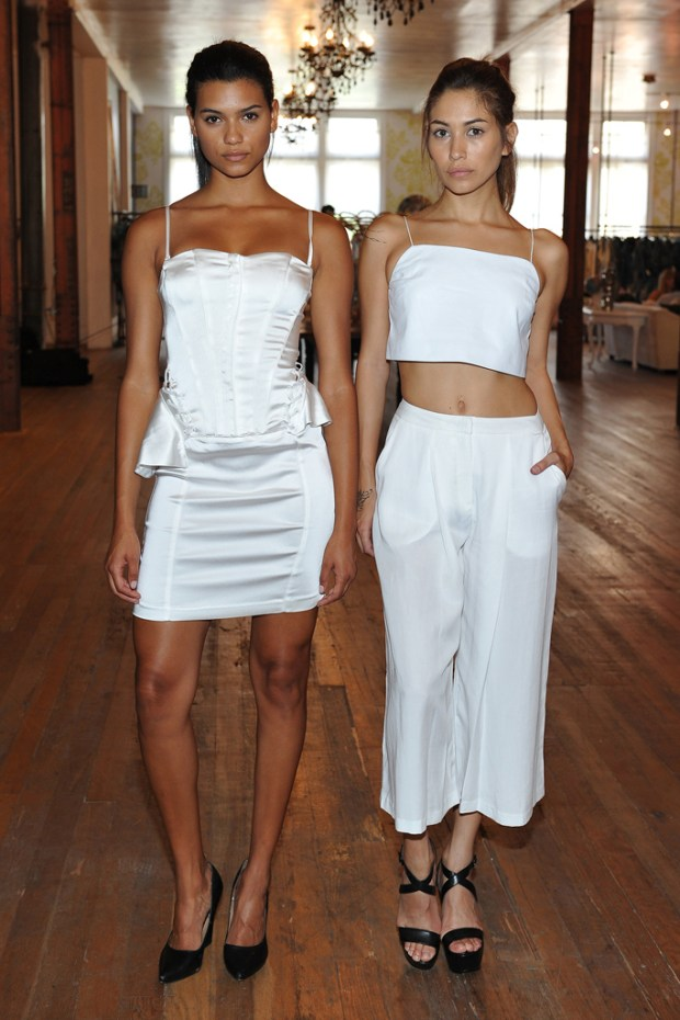 kendall-kylie-line03