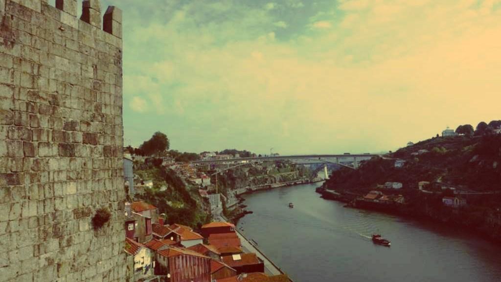 Porto: Blick auf den Douro von der Brücke Ponte Dom Luís I