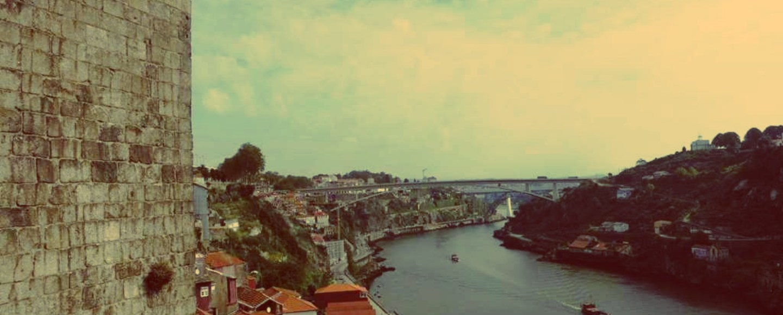 Porto individuell: Blick auf den Douro von der Brücke Ponte Dom Luís I