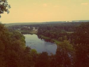 Vilnius im Sommer. Blick auf die Neris in Vilnius