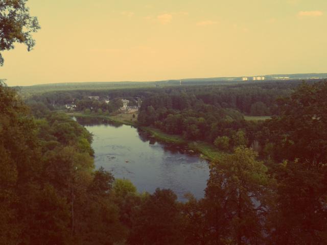Blick auf die Neris in Vilnius im Sommer