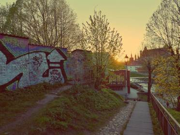 Uzupis in Vilnius. Blick von Uzupis auf die Vinele