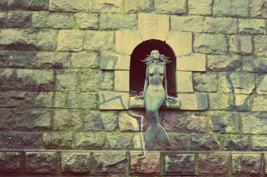 Die kleine Meerjungfrau in Uzupis in Vilnius