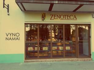 Uzupis in Vilnius. Schicker Wein-Shop