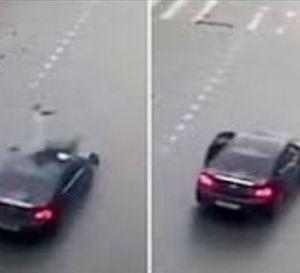 بالفيديو.. لحظة نجاة سائق دراجة بعد حادث سير