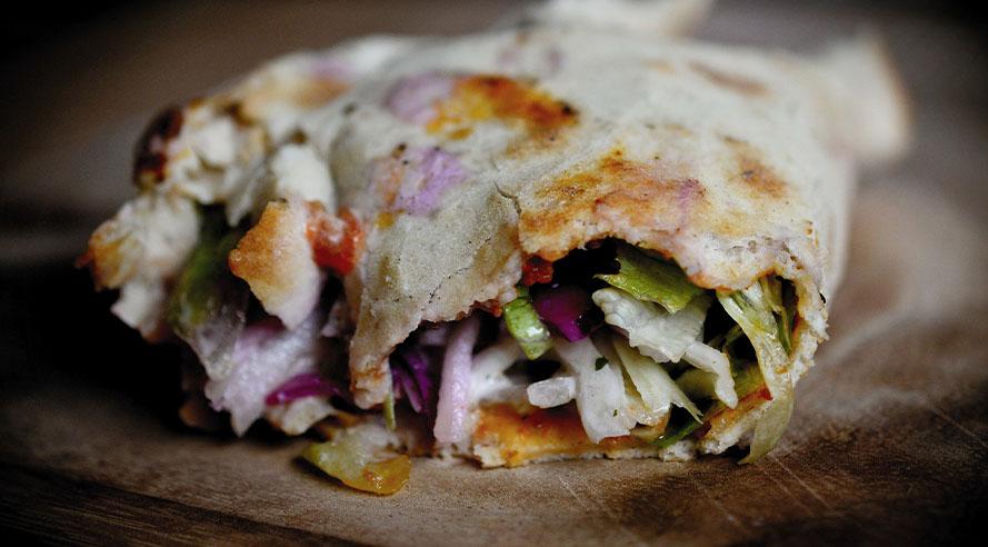 Dit is de lekkerste Turkse Pizza van Amsterdam!