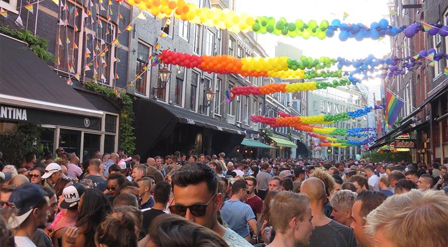 Eurovisie Songfestival feest  in de Reguliersdwarsstraat!