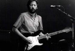 Sunday Toona: Slowhand Version