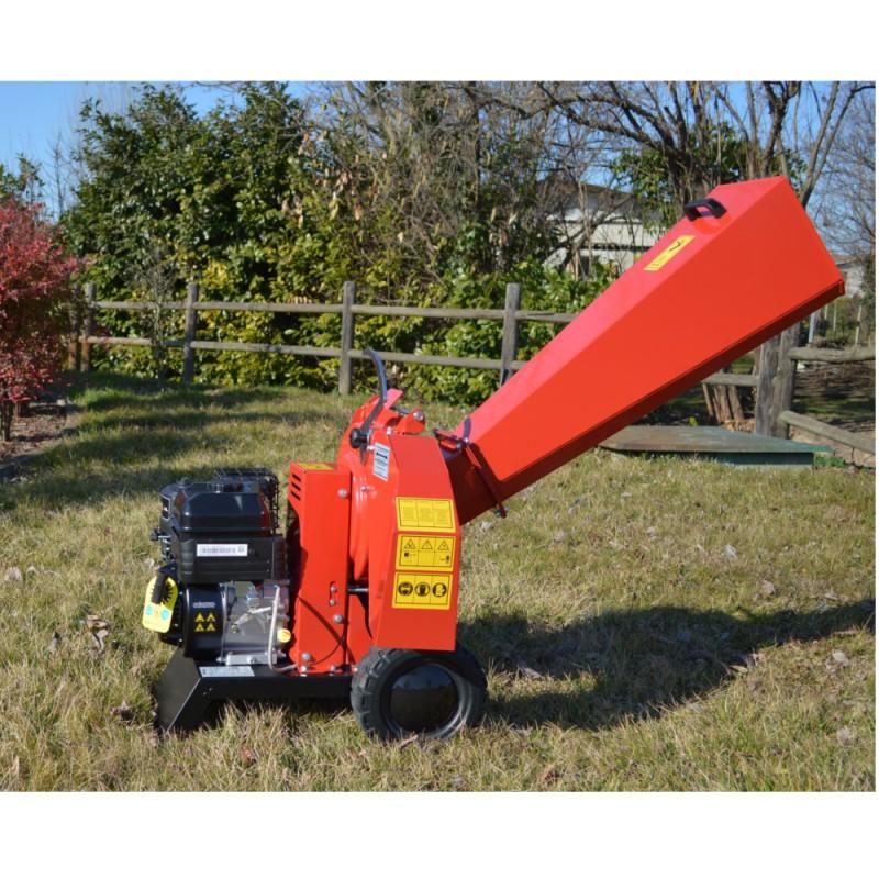 Biotrituratore Motore a scoppio BS serie 950 AGRINOVA ZO50B2 Sistema lame e martelli  max rami