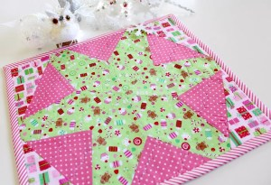 Make a Christmas Placemat with Sizzix