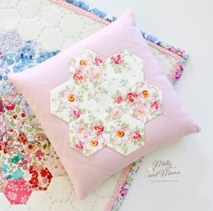Make a Heat Pack with Pretty Hexie Flower