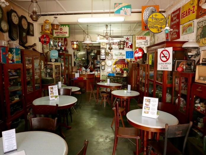 Sayyid Antique & Cafe, Melaka, Malaysia, inside