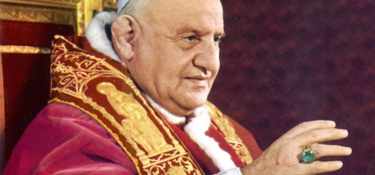 """PAPA GIOVANNI  Un """"gomitolo"""" in Vaticano"""