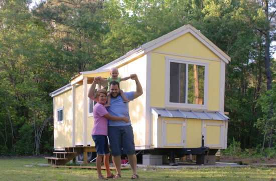 Interview with Tiny r(E)volution.us - Road Trip USA. The Odom Family in Front of their Tiny Home
