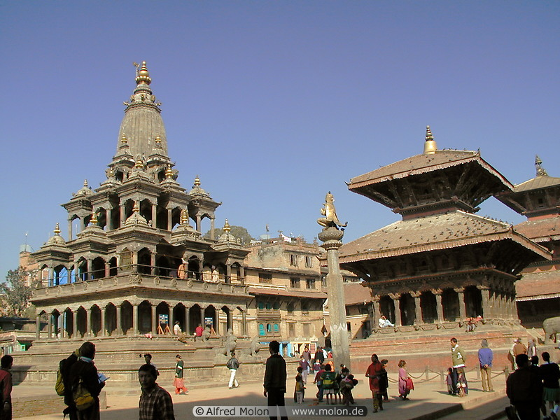 06 Durbar square with temples