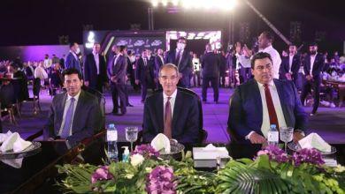 صورة وزيرا الاتصالات وتكنولوجيا المعلومات والشباب والرياضة  يشهدان حفل تكريم أبطال البعثة المصرية