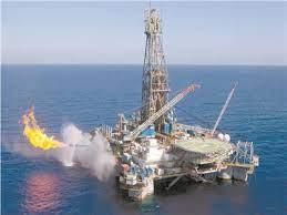صورة برنت يسجل 82.72 دولار للبرميل وسط انخفاض أسعار النفط