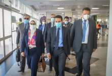 صورة وزيرة الصحة تصل دولة أوغندا
