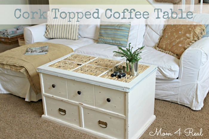 make a diy cork topped coffee table! -- tatertots and jello