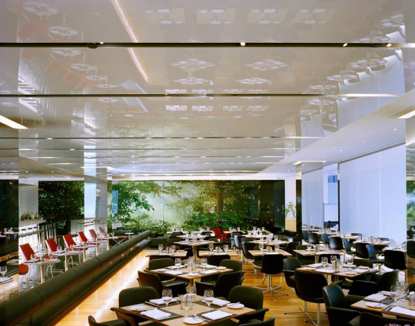 Restaurants And Caf Moma