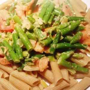 Pasta met gerookte zalm en sperziebonen | Recept