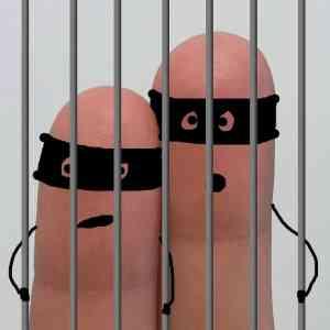 Beruchte Gevangenissen: Aan het denken gezet