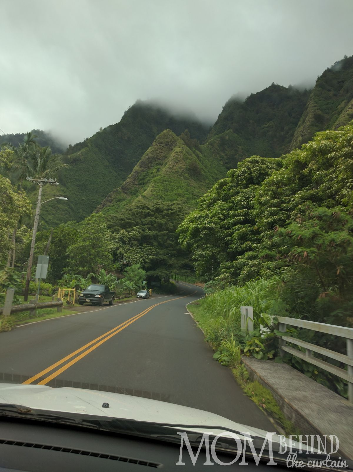Maui road to Iao valley, roadside view,is an easier drive than the Road to Hana.