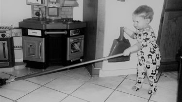 kid ready to clean