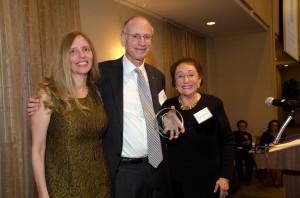Moment editor and publisher Nadine Epstein, Ambassador Stuart Eizenstat, and Tamara Handelsman