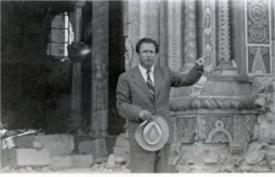 At his destroyed synagogue '49