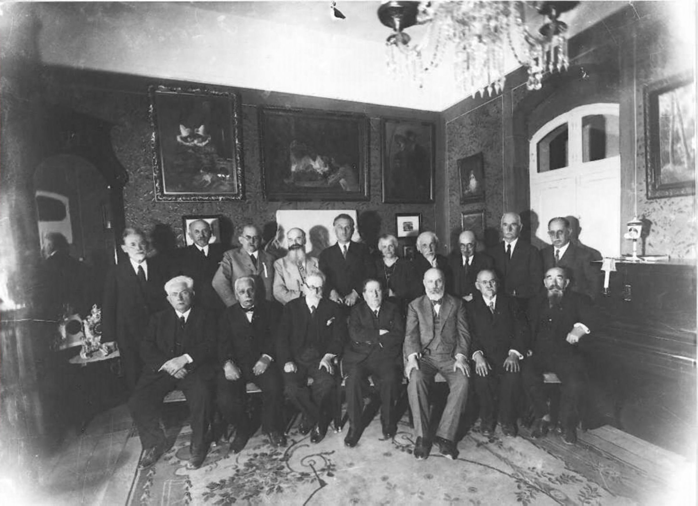 Nahum Sokolow with Participants of first Wolrd Zionist Congress