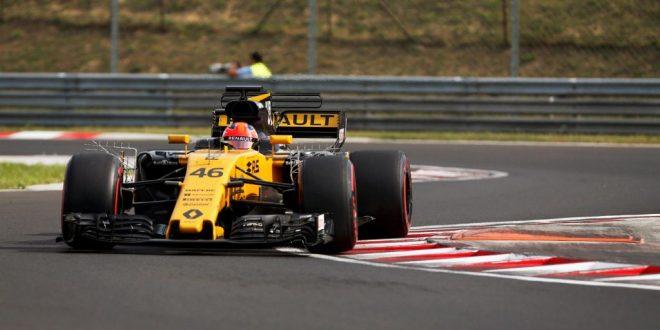 Robert Kubica durante los test en Hungría con Renault