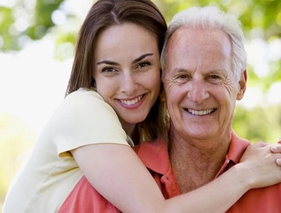 Pros and cons about dating an older man