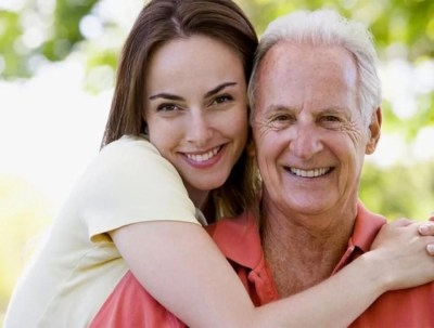 Pros and Cons of Dating an Older Man