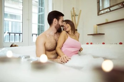 5 tips for getting intimate during menstruation