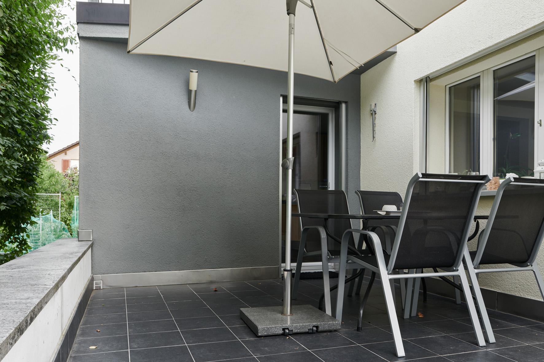 7 Zimmer Einfamilienhaus In Suhr - Immobilien - Momentum Immobilien Ag
