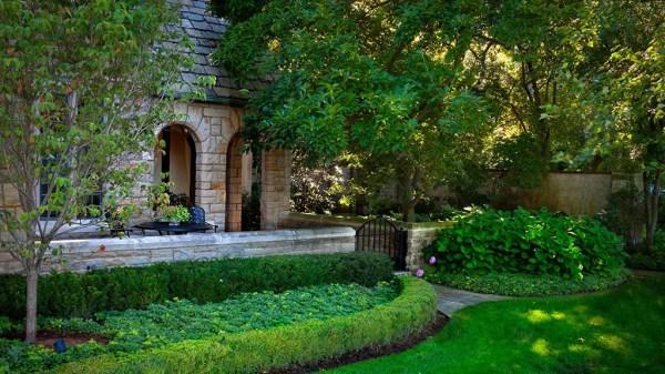 full service landscaping in grosse