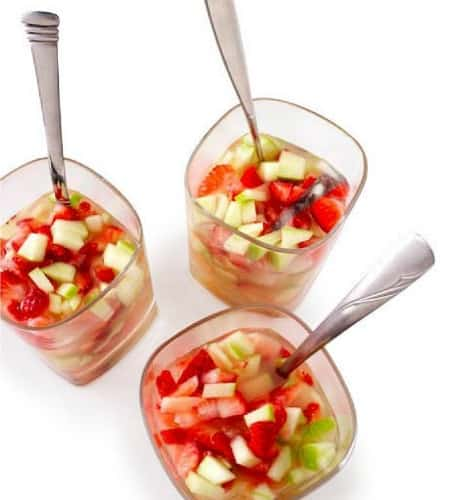 apple strawberry sangria recipe