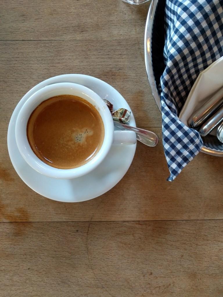 CafeDesAmis2