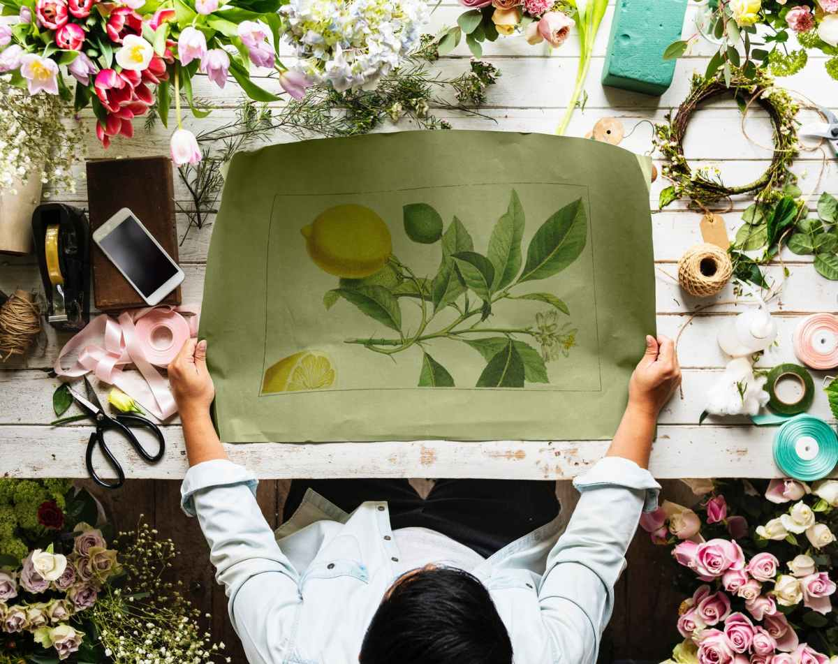 Make money with a florist business