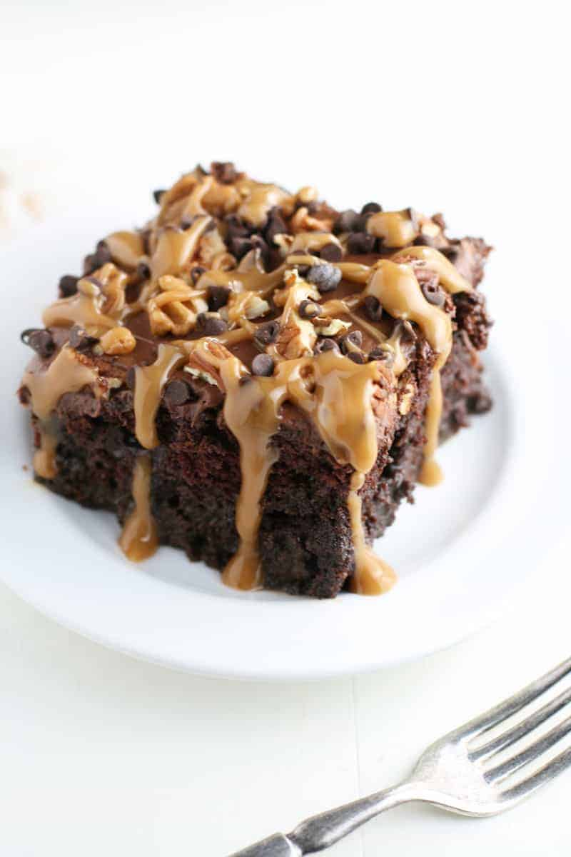 Chocolate Turtle Poke Cake Mom Loves Baking