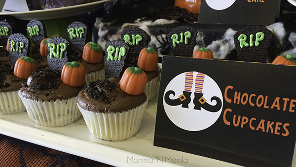 Since the star of the show was OREO. I thought it would be cute to include OREO inside the cupcake as well as part of the decoration on top.  I was super excited to find the Brach's Candy Pumpkins at our local Rustan's Fresh too! The cupcake is a simple Vanilla cake (where I cut back on the sugar) with OREO bits mixed into the batter. The chocolate buttercream icing brings enough sweetness to the cupcake without it being overly sweet.