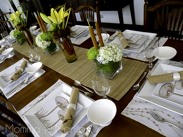 One of the details that I enjoy putting together for the table is fresh flowers. It just says that you put extra special effort into entertaining your guests.