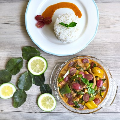 Thai Beef Curry with Australian Grapes