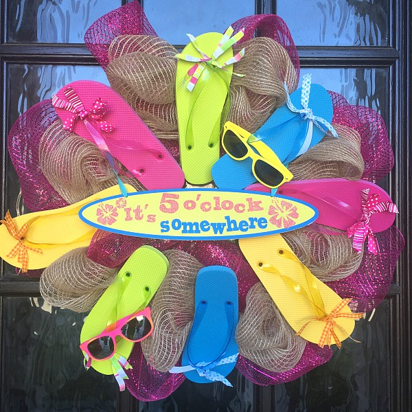 Practically Crafty An Easy Summer Flip Flop Wreath Momma On The