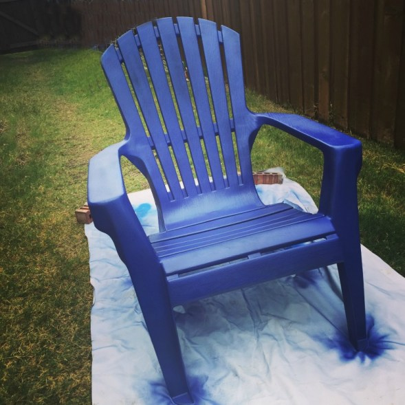 refresh-patio-chairs-spraypaint