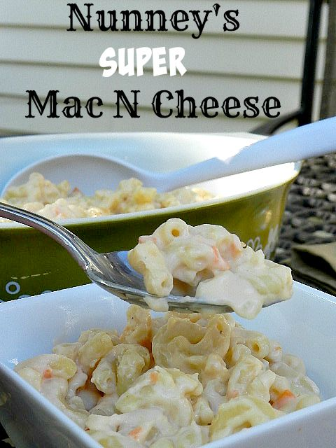 Nunney's Super Mac N Cheese is loaded with cheesy goodness and veggies!
